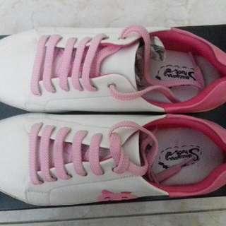 Sneakers Sevieyana