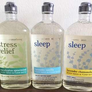 PENDING🎄SALE🎄Bath & Body Works USA Aromatherapy Body Wash & Foam Bath 295ml