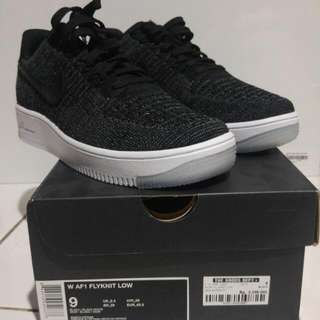 Nike Air Force One Flyknit Oreo