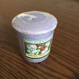 PENDING🎄SALE🎄 Brand New Yankee Candle Garden Sweet Pea
