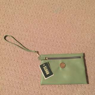 Roots Clutch Brand New Tags Still On
