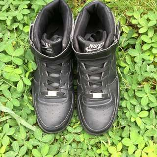 Nike Air Force 1 All Black (INSPIRED)