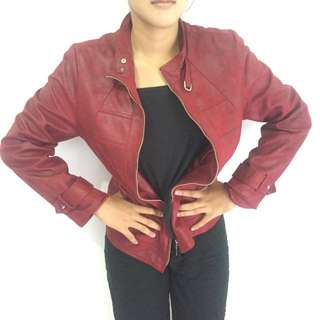 Red Leather Jacket (Jaket Kulit)