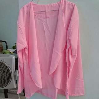 Diskon Cardi/Outer Bahan Twistcone Soft Pink  UFit To L 99% New