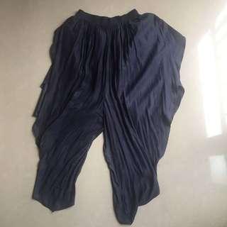 NOKI Crown Pants in Navy