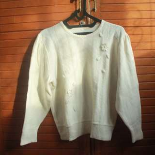 Broken White Knitted Sweater