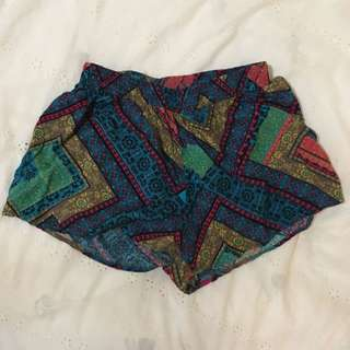 Chicabooti Printed Short- Size 8