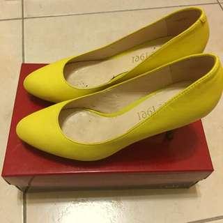 🚚 1991高跟鞋(黃色)