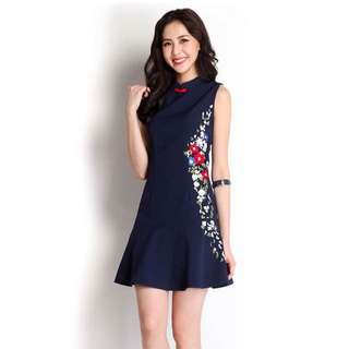 Brand New Lilypirates Meandering Blooms Dress In Midnight Blue