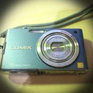 Panasonic FX65數位相機(藍紫色)