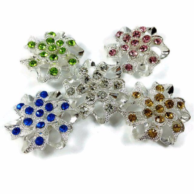 Bross Bunga kristal Silver