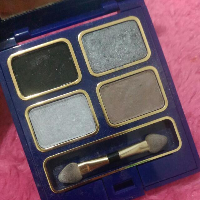 Eye Shadow Ines