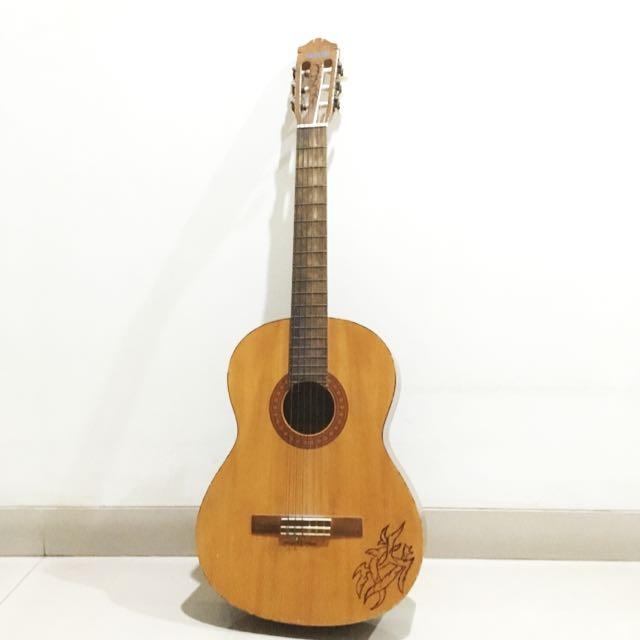 Gitar Classic Yamaha