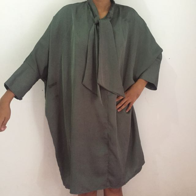 Komma Dress In Olive Green