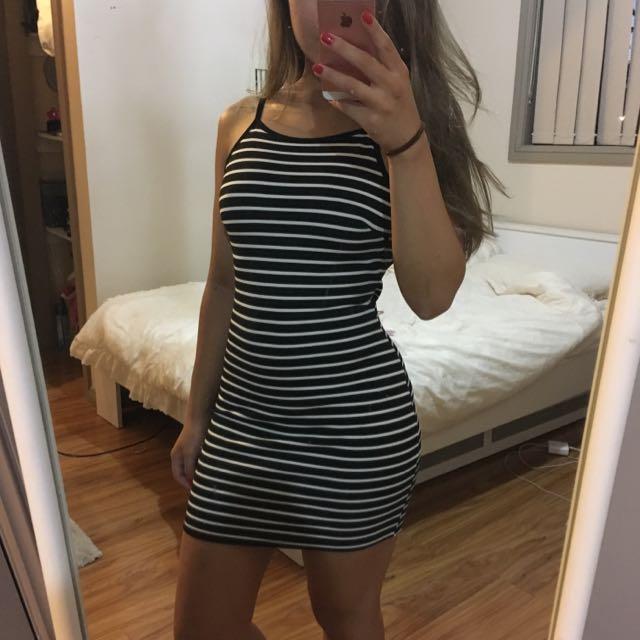 Ninie Striped Low Back Dress XS