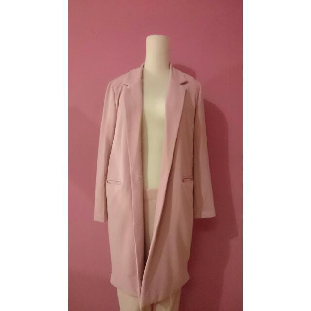 粉嫩馬卡龍pantone色票色系西裝外套