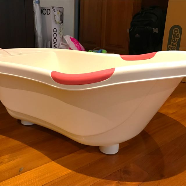 Puku] Antimicrobial Baby Bath Tub on Carousell