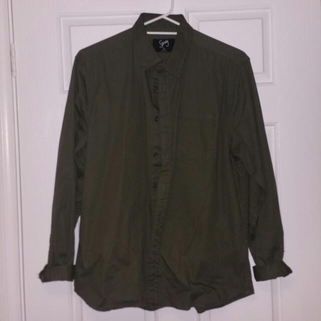 STRAY Olive ButtonUp Shirt SzXL