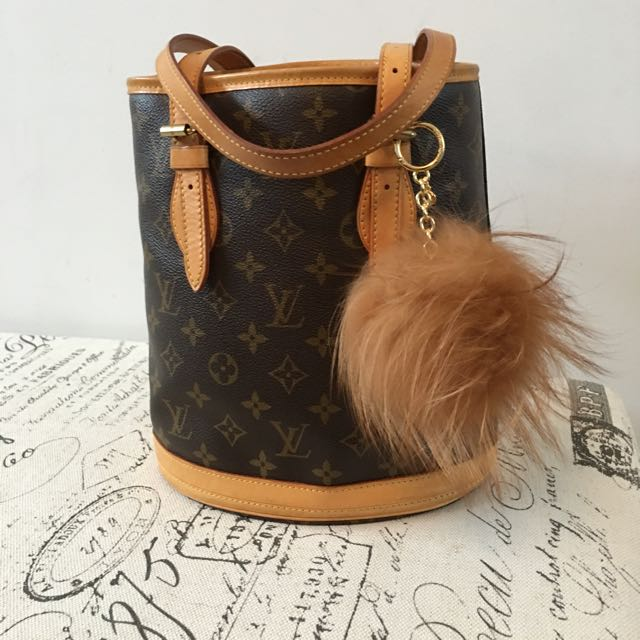 Timeless Classic now Priced To Sell!! LV Petit Bucket