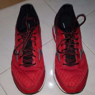 Mizuno Wave Rider 18 (Wide) (Men)