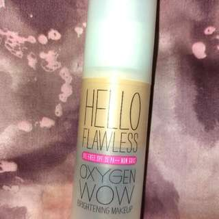 Benefit Hello Flawless In Ivory