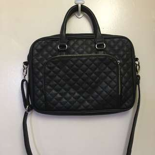 Laptop bag (Like New)