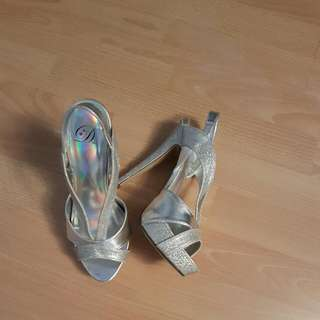 Open Toe Platforms Silver Size 7