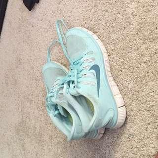 Womens Nike Free 5.0 runners