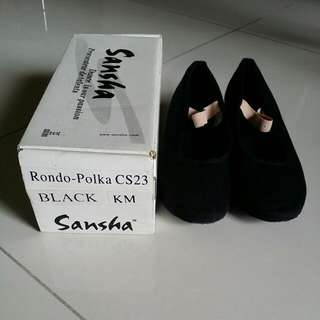Sansha character shoe (Rondo-polka)