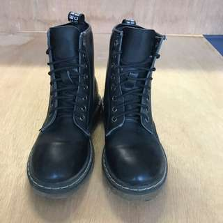 Size 7 Black Lace Up Gothic Looking Boot