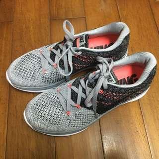 Nike Flyknit Lunar3 編織鞋(23.5)
