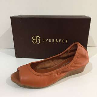 Authentic Everbest Shoes New Size 39