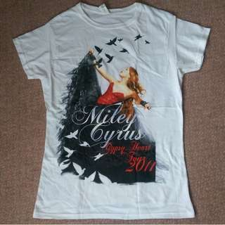 Miley Cyrus Gypsy Heart Concert Tee 2011 Like New