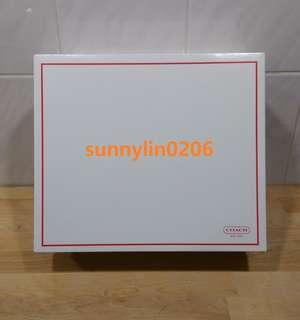 🚚 sunnylin0206~~COACH outlet 禮盒。紙盒。大包用~