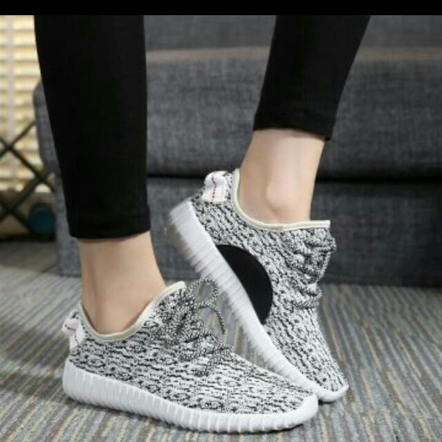 輕量休閒鞋