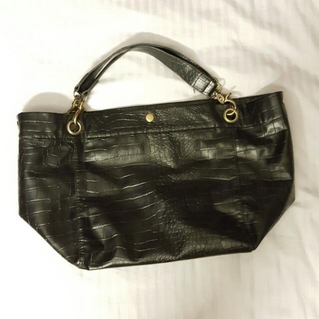 Black Crocodile Motif Leather Tote