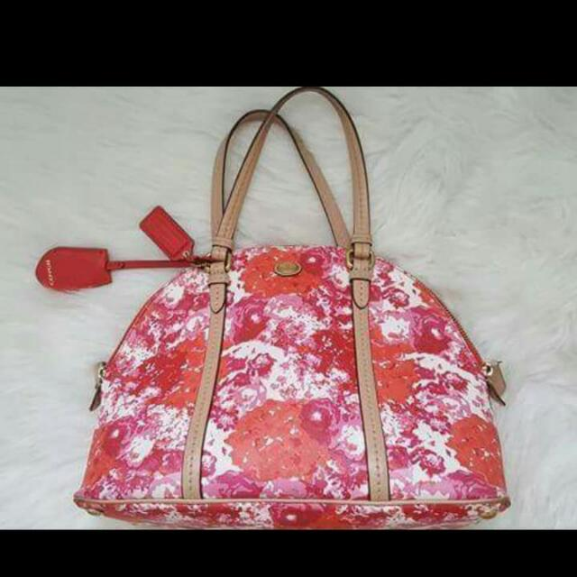 ON HAND: Coach Floral Satchel Bag Now @5k