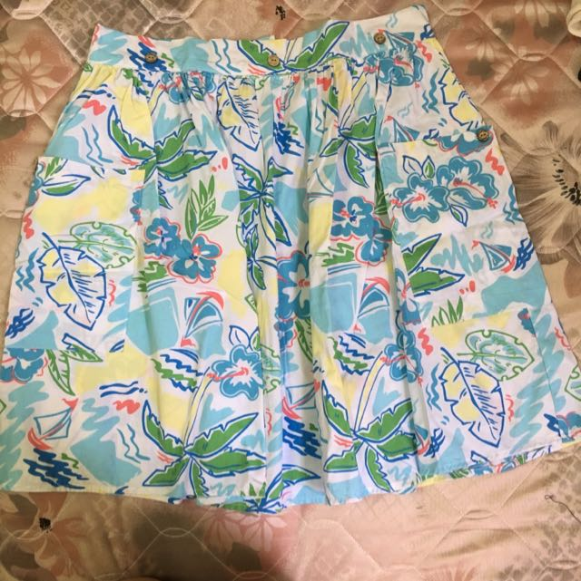 Floral Skirt. Fits S To M. In Good Condition