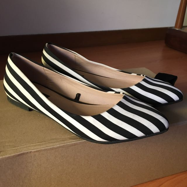 Forever 21 Striped Flats