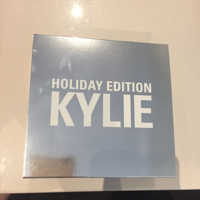 Full Size Limited Edition Holiday Collection Lipkit a