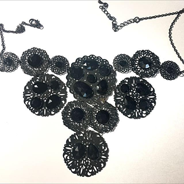 H&M Black Gem Statement Necklace