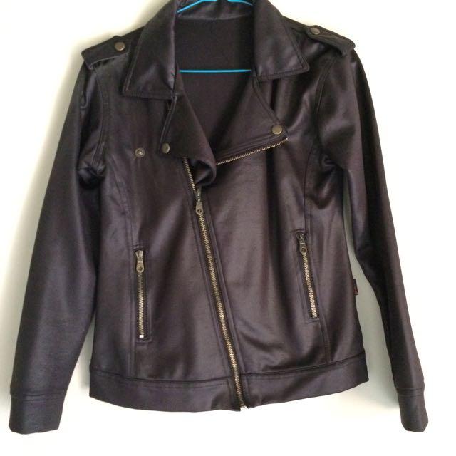 jacket trendy