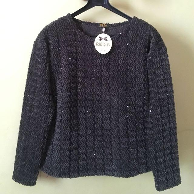 NEW Glowing Elegant Sweater