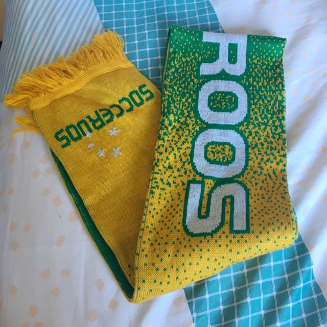 Soccceroos Official Knitted Scarf