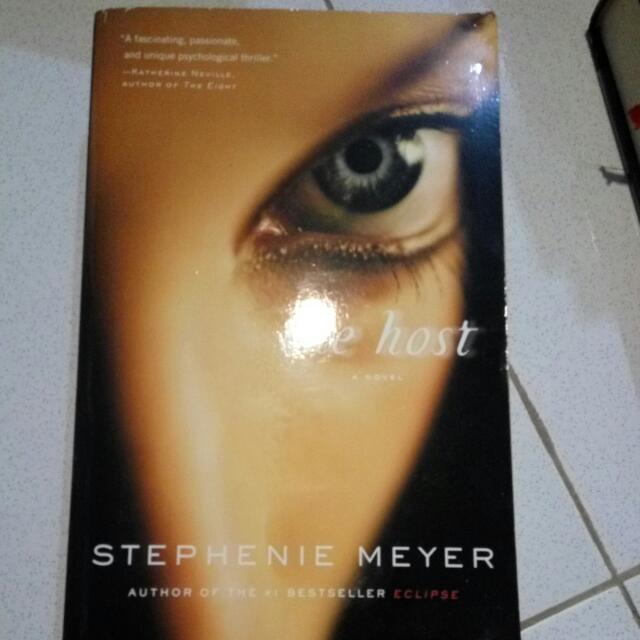 The Host. Stephenie Meyer