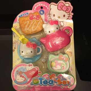 BNIP - Hello Kitty Tea Set 6 Pieces