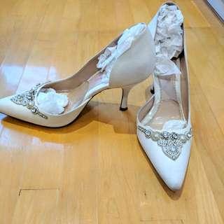 Emmy London Heels Size 9