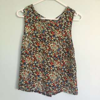 New Look Floral Top Size 10