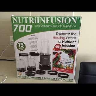 New, NUTRI INFUSION 15 set blender!