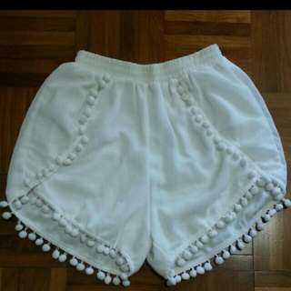 $6 Mailed White Pompom Shorts